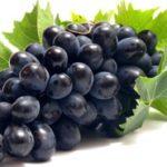 Узнай сколько калорий в винограде