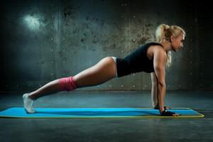планка - упражнение для поддержки тонуса и похудения