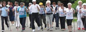 скандинавская ходьба противопоказани - для кого они