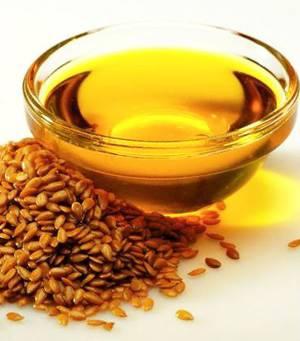 Как с пользой принимать льняное масло, а также возможный вред при его применении