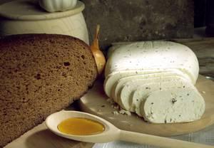 Чем полезна брынза в кулинарии и диетологии