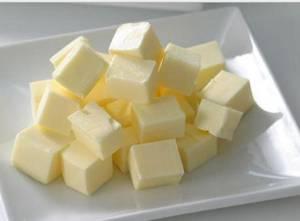Чем полезно сливочное масло и сколько его можно есть в день