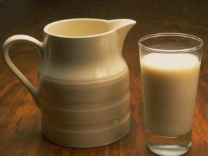Химический состав и полезные свойства топленого молока