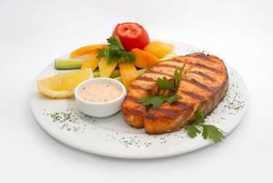 Что можно есть в рыбный день лепестковой диеты для похудения