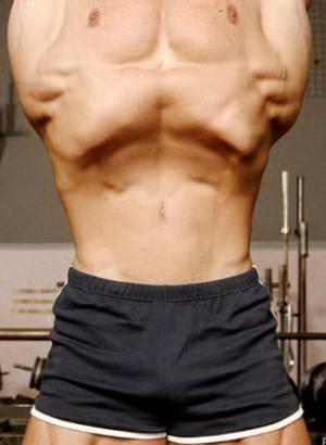 """Каким правилам следует следовать при выполнении упражнения """"Вакуум"""" для плоского живота"""