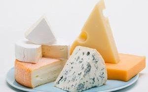 Какова калорийность различных сортов и видов сыра