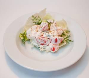 Калорийность овощного салата с луком, помидорами и огурцом
