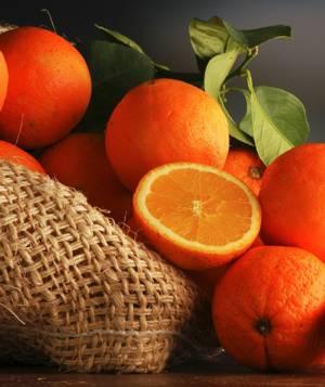 Пищевая (БЖУ) и энергетическая (ккал) ценность апельсина и апельсинового сока