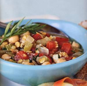 Сколько калорий в овощном рагу с чечевицей