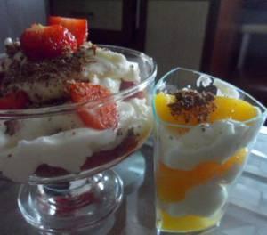 Сколько калорий в творожно-клубничном десерте с нектарином