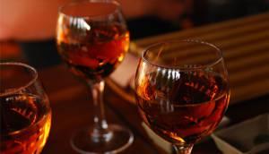Рецепт спиртовой настойки из ирги, которую можно приготовить в домашних условиях