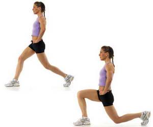 """Как необходимо выполнять упражнение """"Выпады"""" для похудения ляшек в домашних условиях"""