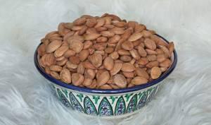 Чем полезны косточки абрикоса от рака