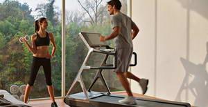 Какие мышцы работают во время тренировки на беговой дорожке