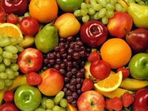 Польза и возможный вред фруктов