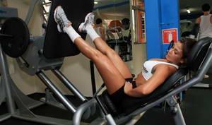 Что такое тренажер для жима ногами