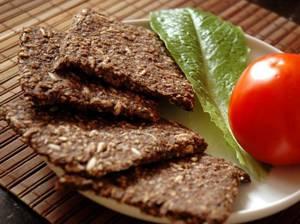 Чем полезны хлебцы для похудения и какие из них лучше
