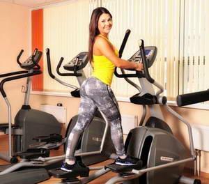Как правильно и эффективно заниматься на эллиптическом тренажере, чтобы похудеть
