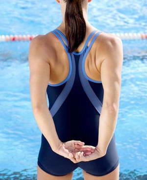 Как правильно выполнять плавание в стиле брасс
