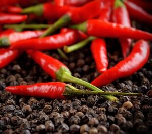 Польза и возможный вред красного горького перца