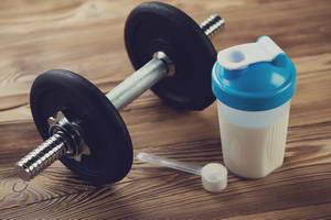 Как принимать протеиновый коктейль для роста мышц