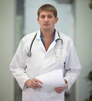 Эндокринолог Леонид Кабанов говорит о нарушении кальциевого баланса в организме как об основной проблеме употребления Гербалайфа