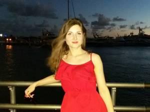Каролина пользовалась бриджами (шортами) Hot Shapers (Хот Шейперс) 2 месяца и не смогла добиться результата