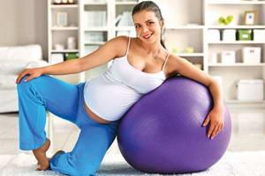 Какие упражнения входят в комплекс пилатеса для беременных