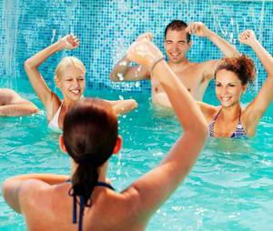 Какие существуют упражнения для похудения в аквааэробике