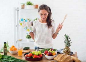 """Какие существуют противопоказания к употреблению салата """"Щетка"""" для кишечника"""
