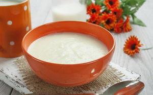 Как варить вкусную манную кашу на молоке