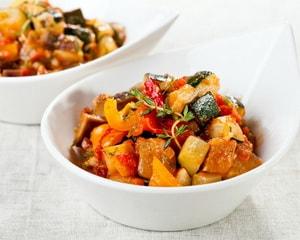 Как и с чем можно приготовить овощное рагу в мультиварке