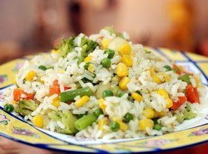 Каковы рецепты приготовления риса с овощами в мультиварке с фото