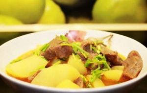 Как приготовить тушеную картошку с курицей в мультиварке Редмонд