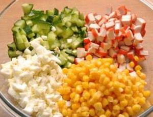 Каков лучший рецепт приготовления салата с крабовыми палочками и рисом