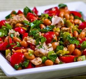 Салат из маринованной фасолью