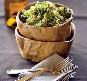 Как необходимо подбирать ингредиенты для салата из пекинской капусты и куриной грудки