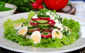 Где найти рецепт с фото простого и вкусного салата из редиски