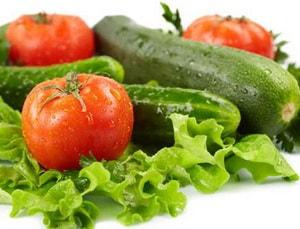 Какими должны быть помидоры и огурцы для очень вкусного рецепта салата с мидиями с фото