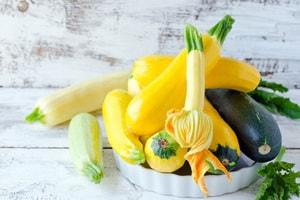 Как выбрать ингредиенты для диетической кабачковой запеканки, приготовленной в духовке
