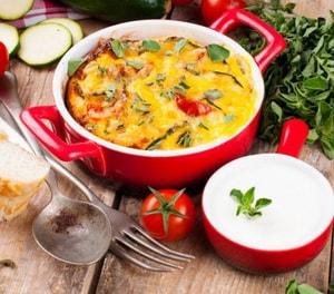 Как приготовить вегетарианскую запеканку из кабачков в духовке