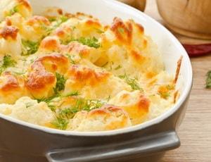 Каков рецепт приготовления запеканки из цветной капусты с сыром
