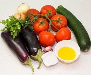 Какие ингредиенты входят в классический рецепт рататуя с фото