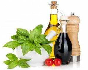 Как выбрать ингредиенты для итальянского салата с моцареллой и помидорами