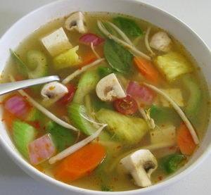 Какие еще ингредиенты могут входить в рецепт супа из корня сельдерея