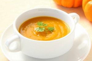 Какова диетологическая ценность каждого из рецептов приготовления супа-пюре из тыквы