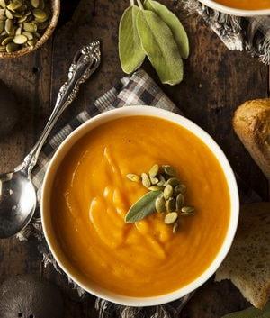 Как приготовить вегетарианский суп-пюре из тыквы