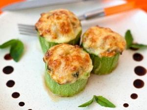 Где можно найти рецепт с фото фаршированных кабачков в духовке, запеченных с фаршем
