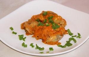 Как приготовить тушеный минтай с овощами на сковороде по строгому диетическому рецепту