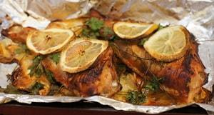 Где можно найти рецепты с фото морского окуня в духовке